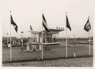 Esso station Vinkeveen