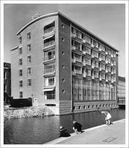 Foto collectie Het Nieuwe Instituut, Rotterdam