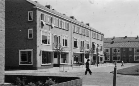 Leemkuilen, Hilversum. Onderdeel van het 25e woningbouwcomplex (gesloopt). Foto: archief www.gooienvechthistorisch.nl