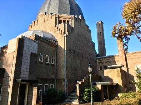 Begraafplaats Westerveld, Driehuis. Crematorium.Ontwerp: Piet Kramer. Foto Peter Veenendaal