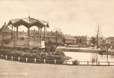 Kooipark, Leiden. Stadspark uit 1920.