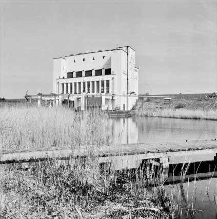 Pompgemaal Lely bij Medemblik. Foto Rijksdienst voor het Cultureel Erfgoed