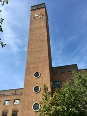 Former Greenwich Town Hall, now Meridian House, opened in 1938, architect E. C. Culpin & Bowers. Photo by Peter Veenendaal CC BY-SA