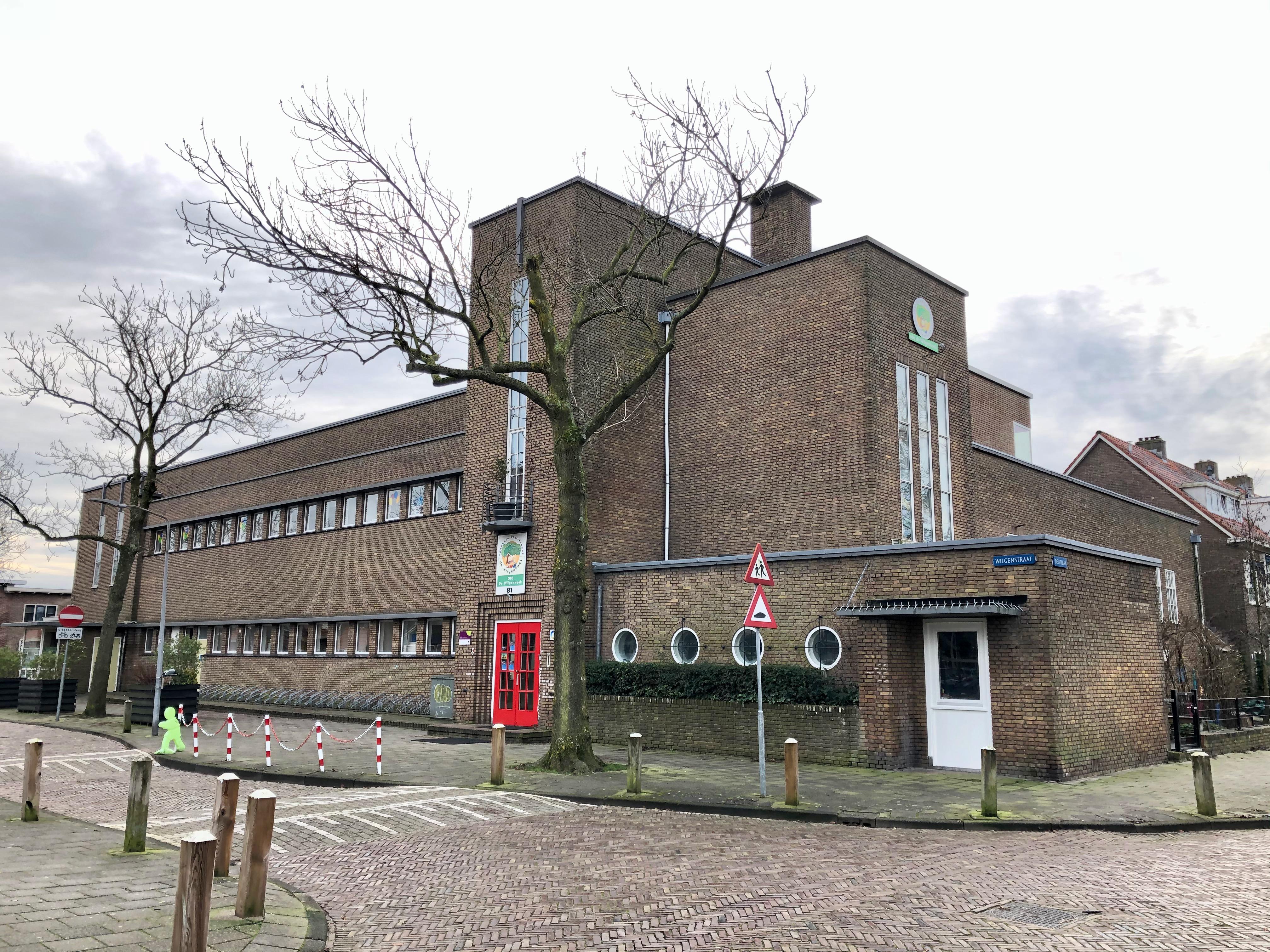 Linnaeusschool, Haarlem Architect: Pierre François de Bordes. 1931. Nu: De Wilgenhoek. Foto Peter Veenendaal